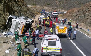 bus-crash-cape-tow_2510955b