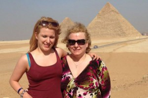 Natalie-Thomason-with-Becky-in-Egypt